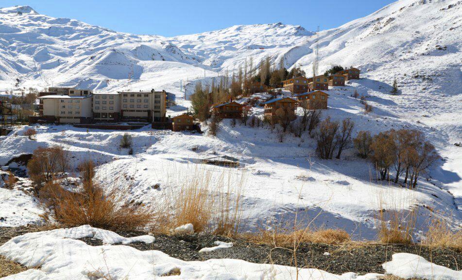 iran-ski-dizin-resort
